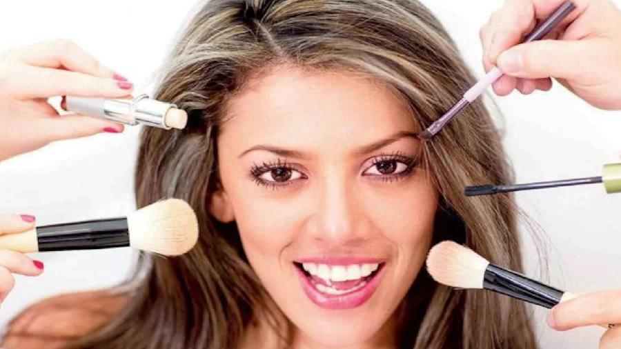 عوارض لوازم آرایش به صورت روزانه