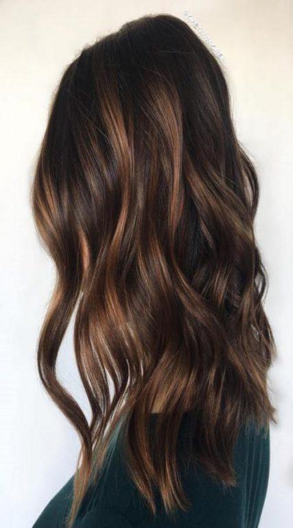 ارایش موهای صاف با هایلایت مجسته مخلوط