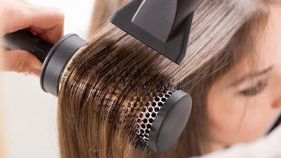 فر کردن مو با سشوار