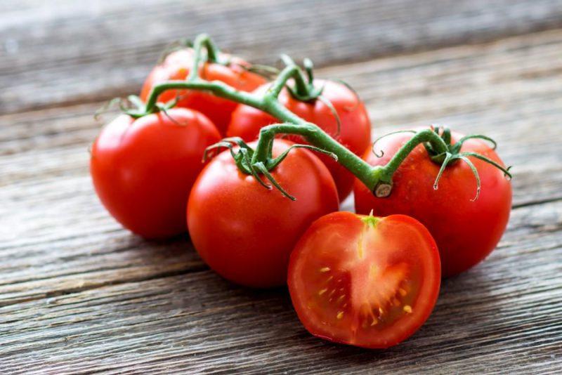 مصرف گوجه فرنگی برای سلامت پوست