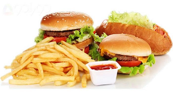 مصرف غذاهای فست فود