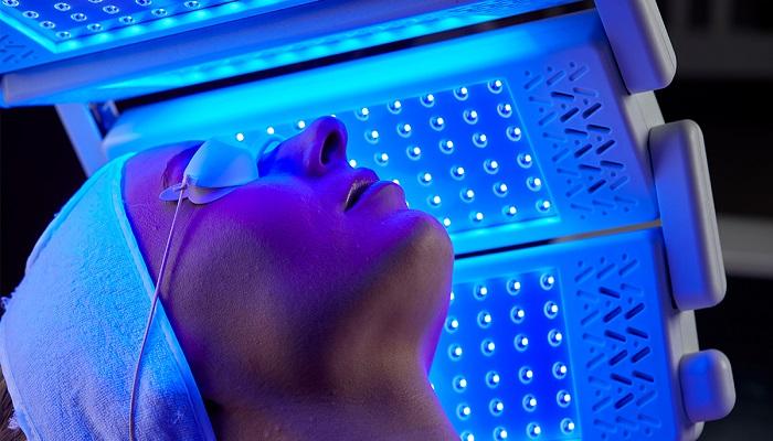 کاربرد نور آبی در ال ای دی تراپی