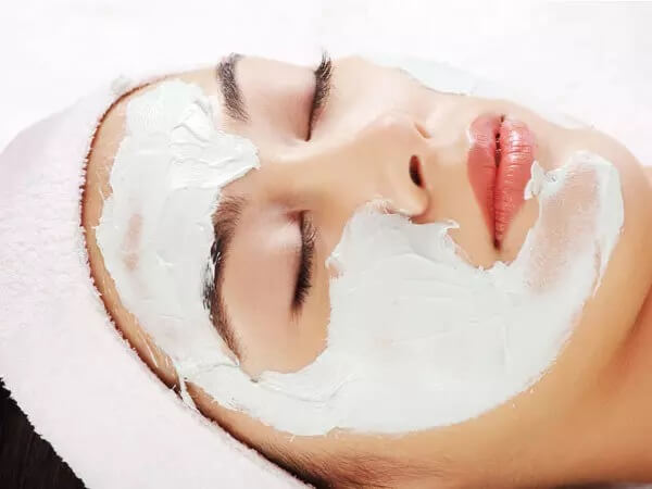 زیبایی زنان بالای 40 سال با استفاده از ماسک صورت