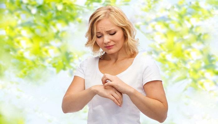 تاثیر چای سبز در کاهش تحریک و قرمزی پوست