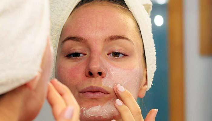 درمان خشکی پوست با روغن فندق