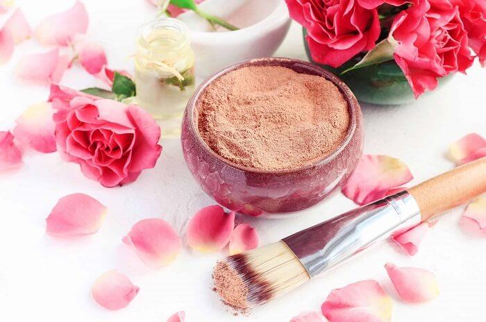 ماسک لب گلبرگ گل رز