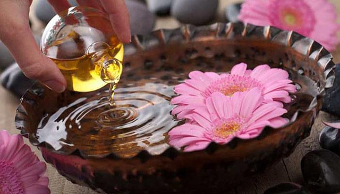 استفاده از روغن ترنج جهت رایحه درمانی