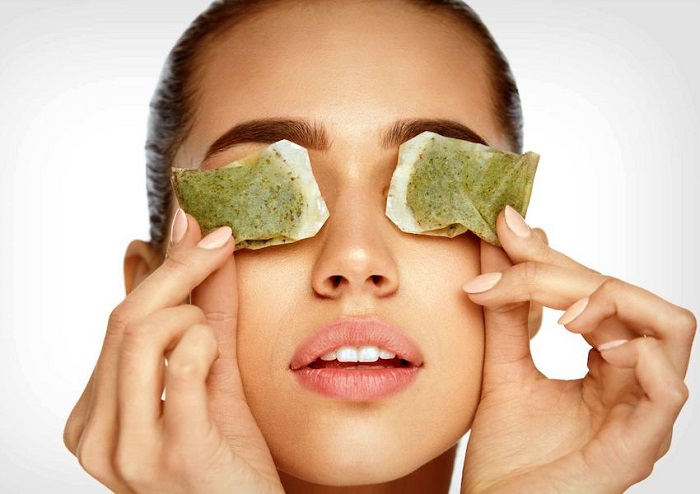 درمان سیاهی دور چشم با چای سبز
